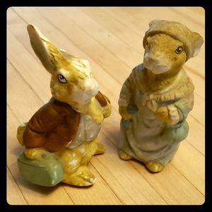 Other - Pair of Small Porcelain Rabbit Figurines